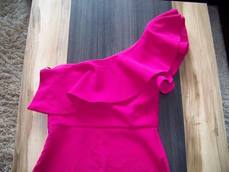 Spoločenské šaty - posta v cene, 38