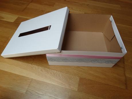 Krabice na přáníčka,