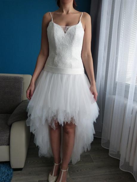 Svatební šaty netradiční, 38