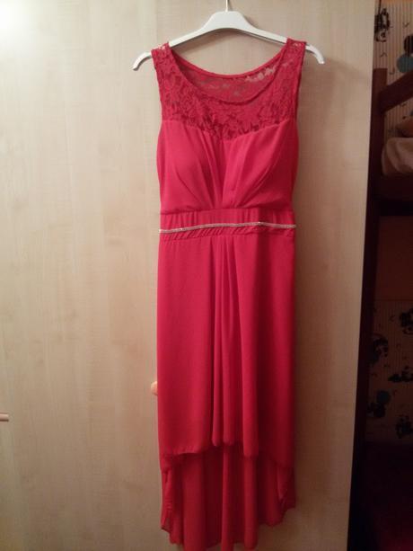nenosené šaty, 34