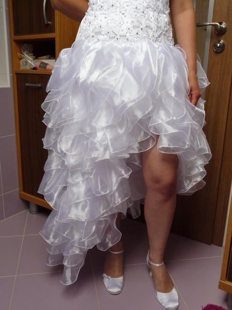 Atypické svatební šaty, 38
