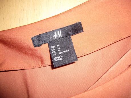Dámské šaty, 44