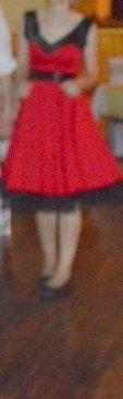 Retro šaty vhodné aj na redový tanec, S