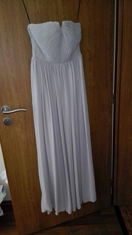 Dlouhé šaty, 34