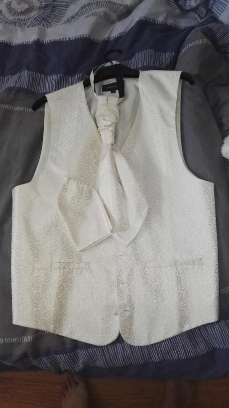 Svadobna vesta, kravata, vreckovka, 36