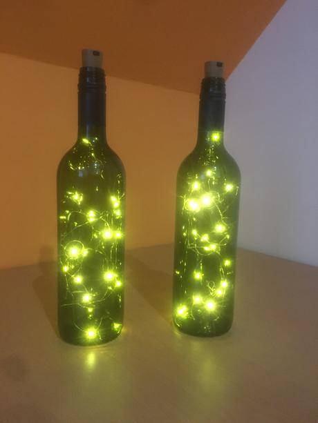 Světelné lahve ,