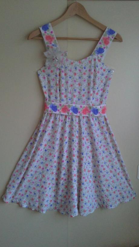 Retro šaty s hedvábí, XS