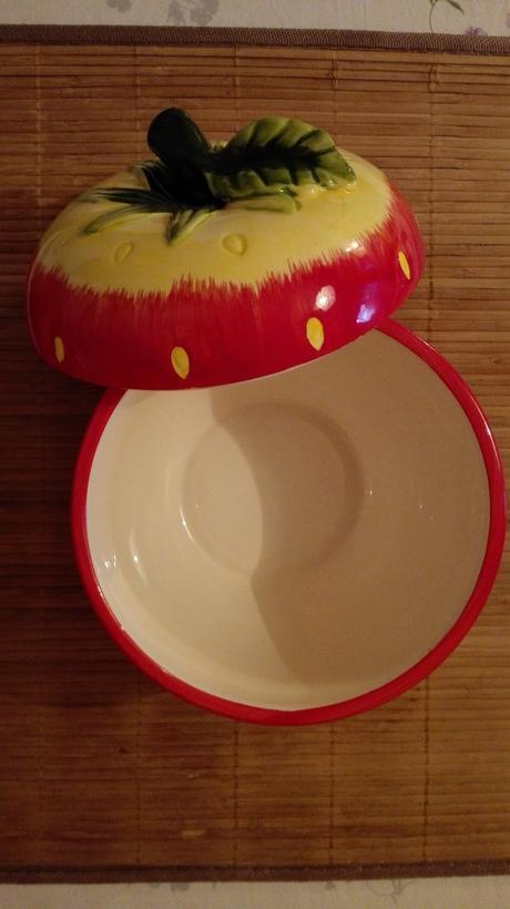 Misa v tvare jahody,