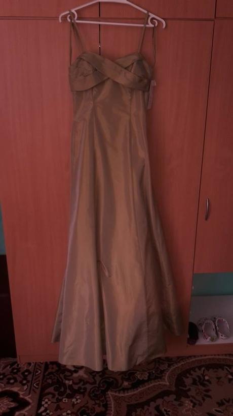 spoločenske šaty, 34