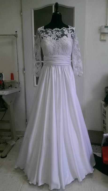 Krajkové svadobné šaty 24158b2ccf5