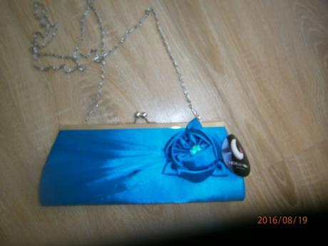 bílé šaty s modrám pasem vel.42, 44