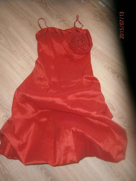 Elastické šaty vel, 38