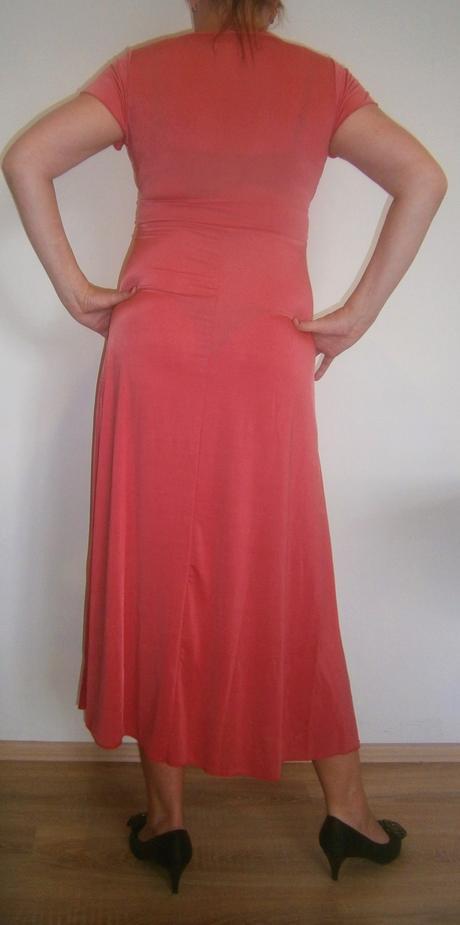 lososové šaty s vlečkou vel., 42
