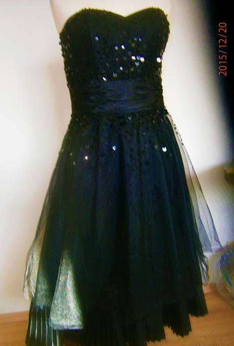 moderní šaty vel., 38