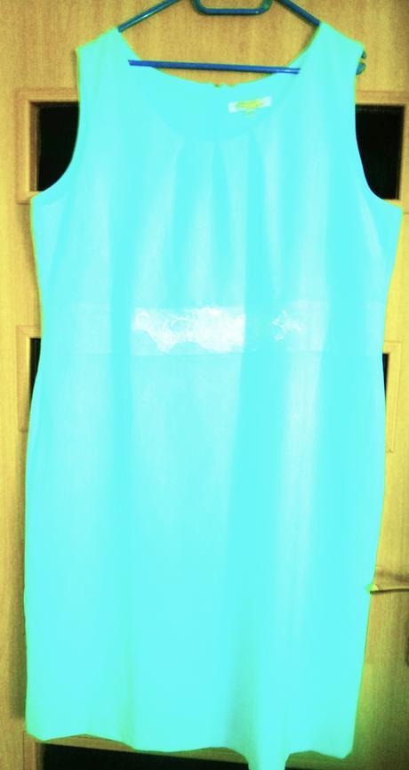 moderní šaty vel., 52