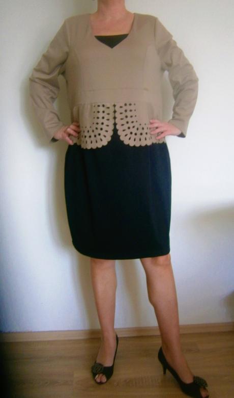 šaty ve stylu kostýmku vel., 54