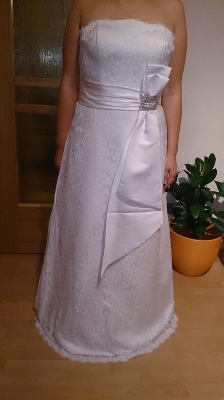 Svadobné šaty veľkosť, 44