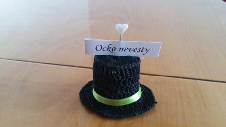 Háčkované klobúky,