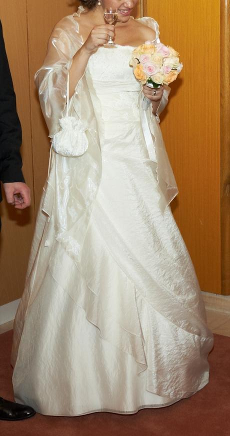 Princesovské šaty , 40