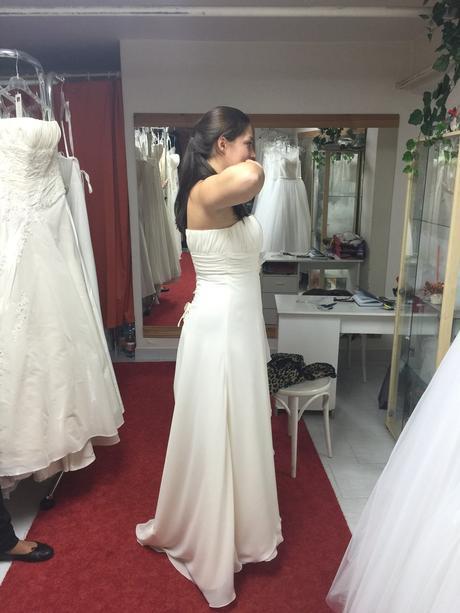 Antické svatební šaty, 38