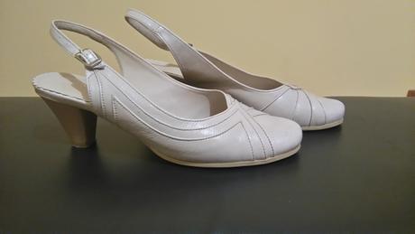 Svatebí boty na podpadku krémové, 37