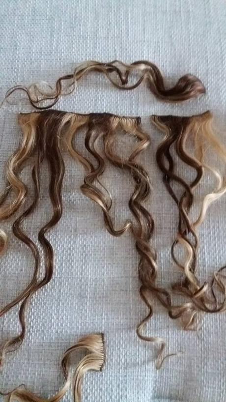 Příčesek clip in vlasy 63cm ,