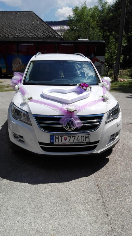 kompletní dekorace na auto,