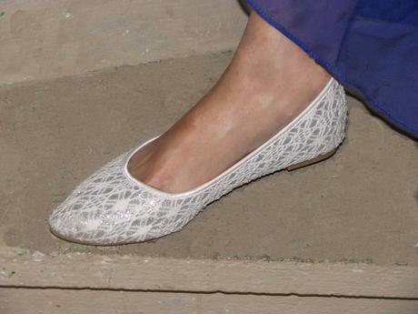 Botky bez podpatků bílo-stříbrné krajkové, 38