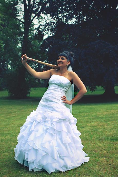 Svatební šaty na malou nevěstu, 38
