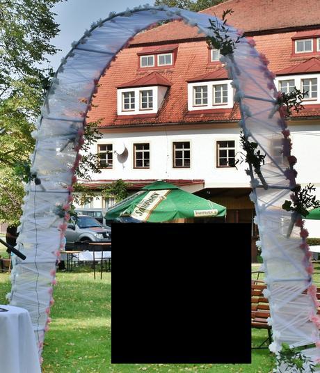 svatební brána-oblouk, truhla, rekvizity, dekorace,