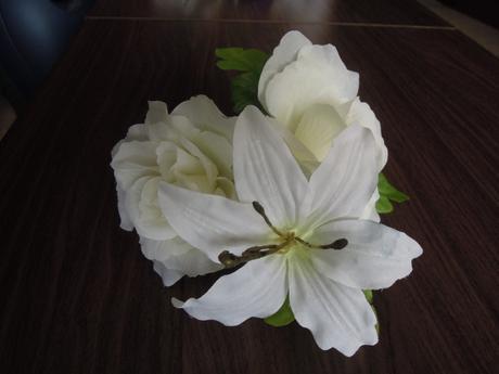 Kvetinové ozdoby 16 ks,