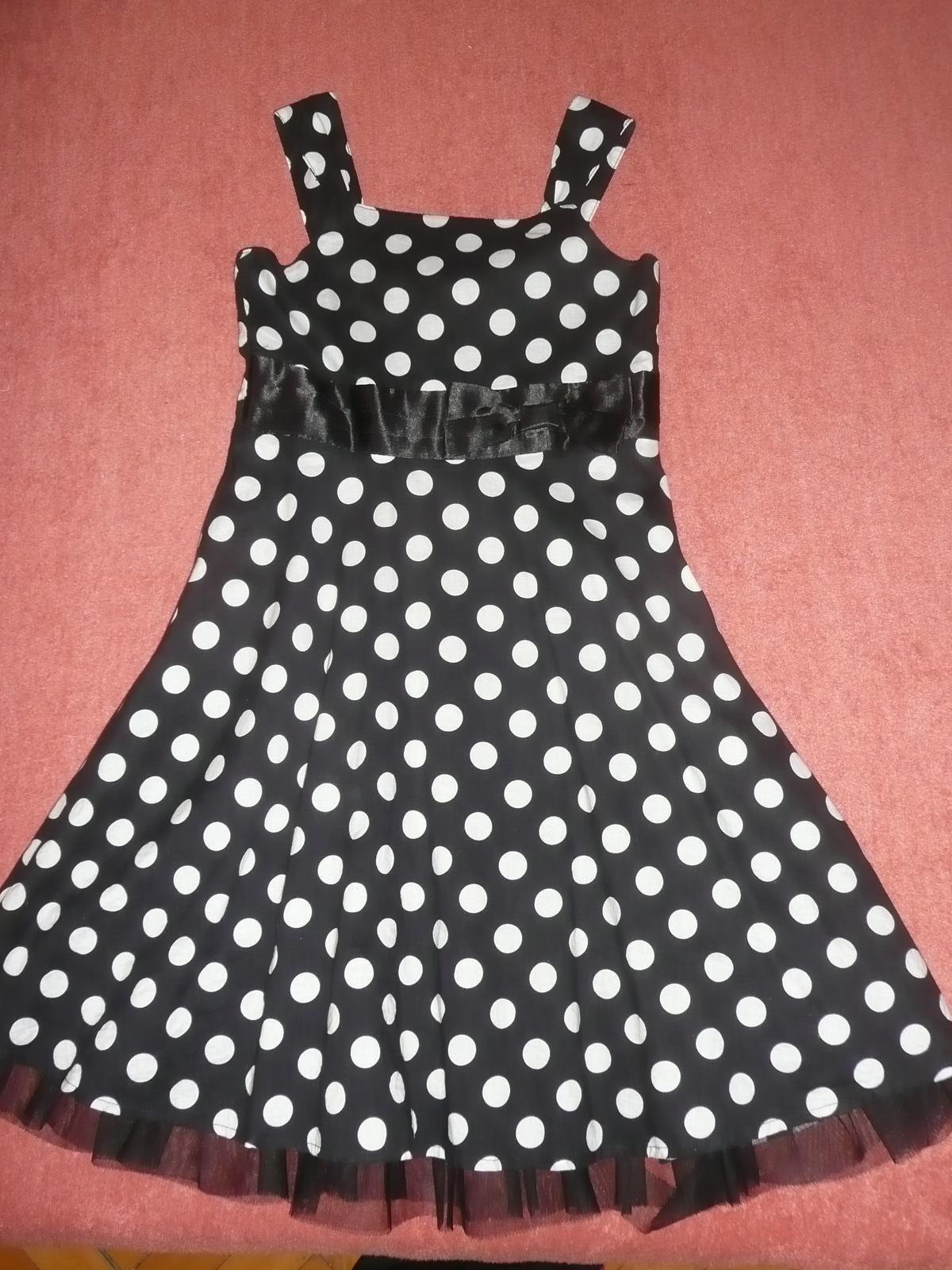 Dievčenské šaty 384c87d57bc