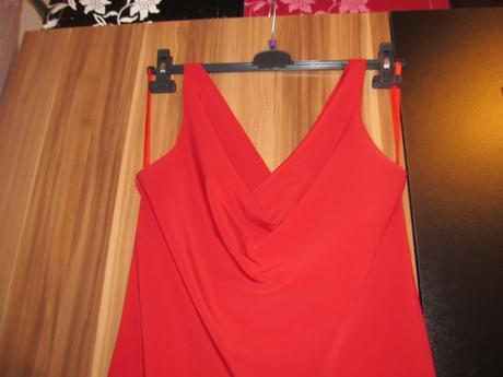1x oblečené šaty, 44