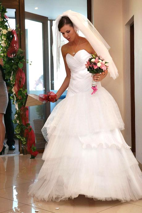 Svadobné šaty+ kruh a závoj , 40