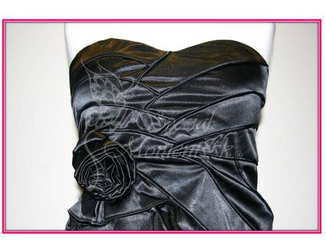 Čierne mini šaty s ružou - poledné 2 kusy, M