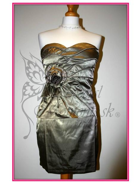Šedé mini šaty s ružou - posledný kus, L