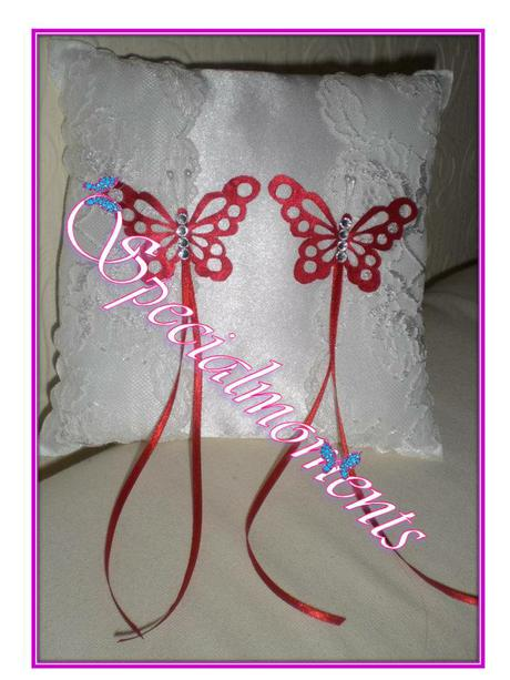 Svadobný vankúšik - čipka a motýle,