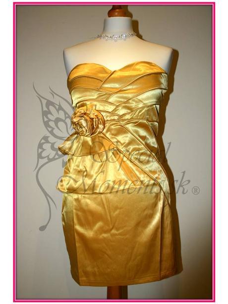 Zlato-žlté mini šaty s ružou - posledný kus, M