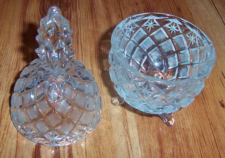Dóza z brúseného skla - Ananás,