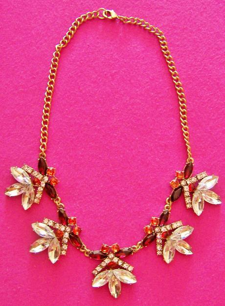 Elegantný vintage náhrdelník,