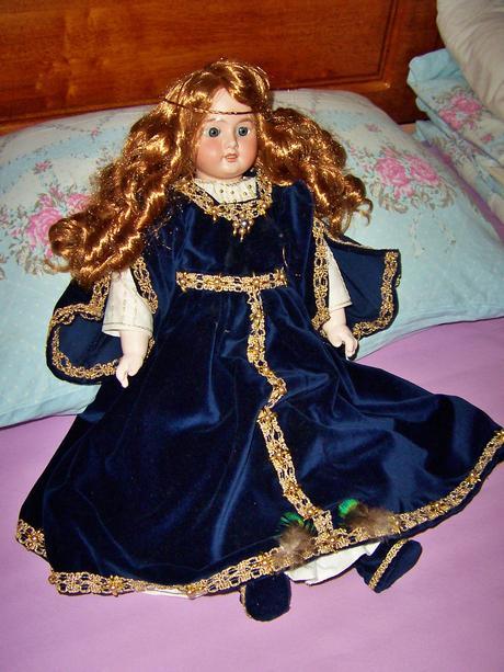 Porcelánová bábika,zač. 20.storočia,