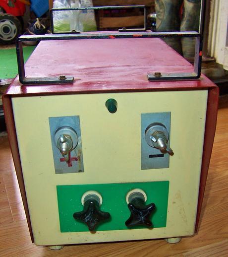 Zváračka a usmerňovač + elektródy ,