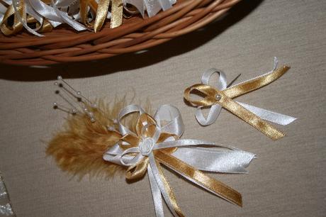 Originálne svadobné pierka,