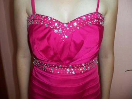 krátke elegantné šaty, 37