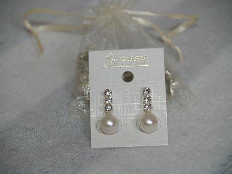 Ivory naušnice  s perličkou - nepoužité,