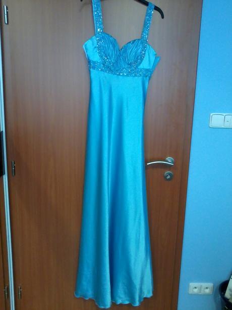 Saténové společenské šaty , 36