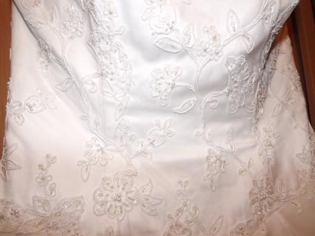 Svatební šaty korzetové vel. 38-40, 38