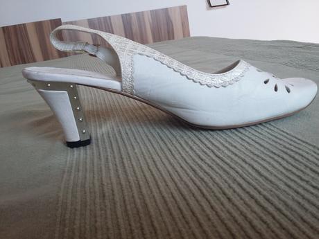 Svatební nebo popůlnoční boty, 40