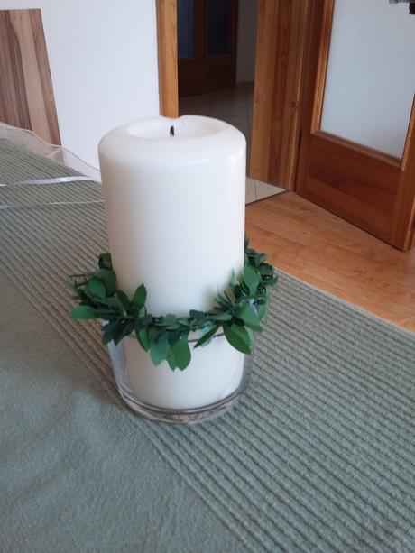 Svícny na svatební stůl,