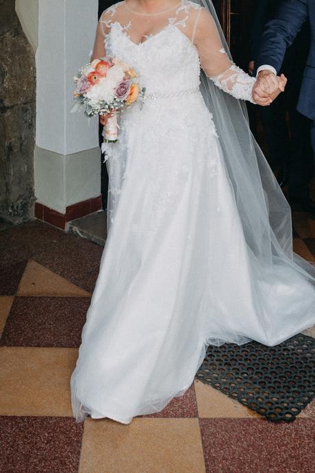 Svadobné šaty od Vierky Futákovej, 44